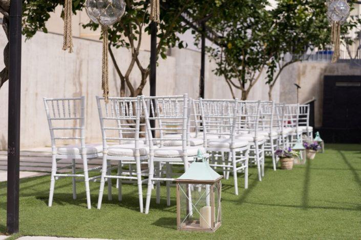 Celebración de boda civil en exterior